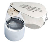 Magnifying glass for collectors of fossils and minerals